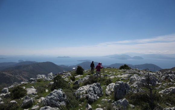 Explore Lefkada on foot