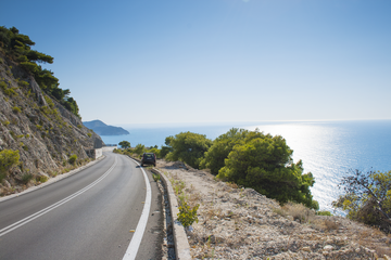 How to get to Lefkada by car or bus